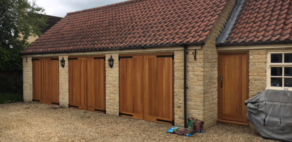 cedarwood garage doors